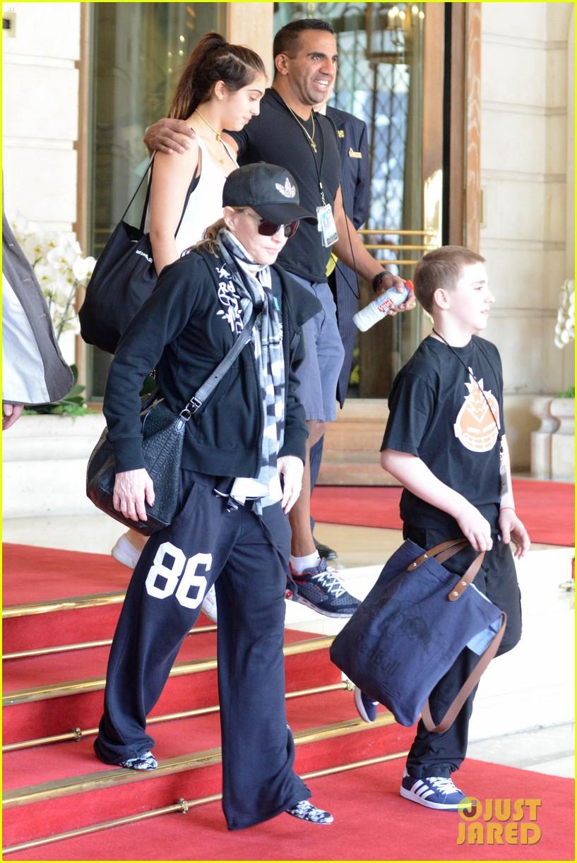 madonna leaving hotel 102687282