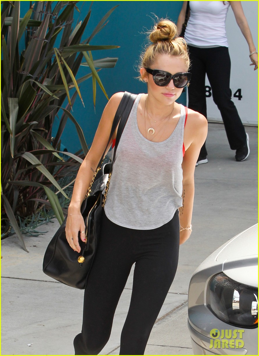 miley liam pilates together 06