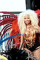 nicki minaj pound the alarm video shoot 03