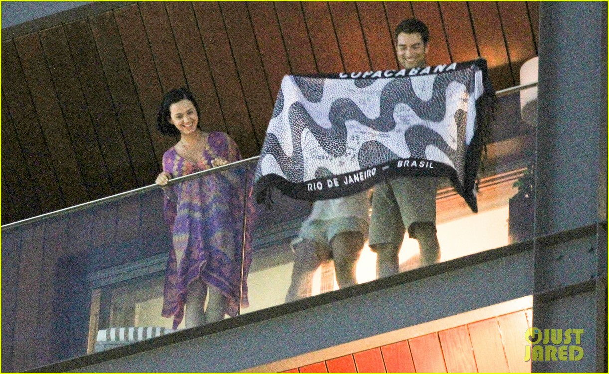 katy perry loves brazil 08