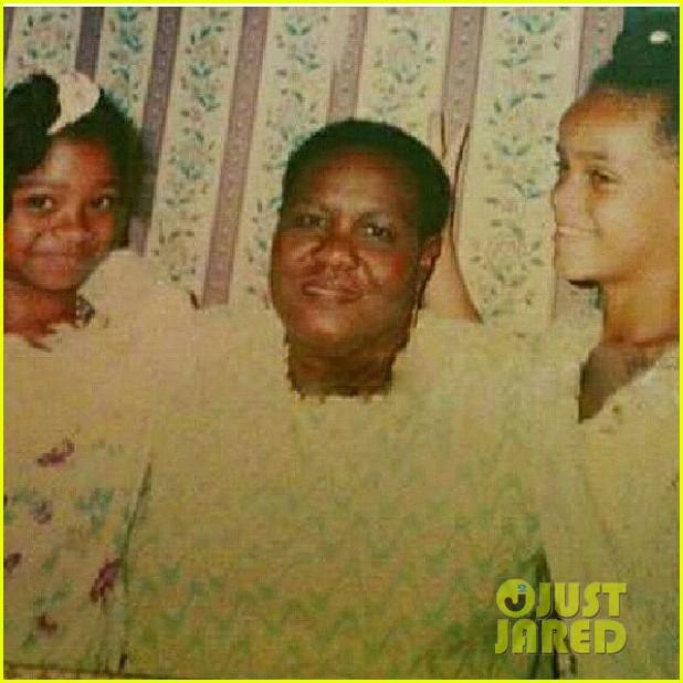 rihanna grandmother passes away 09