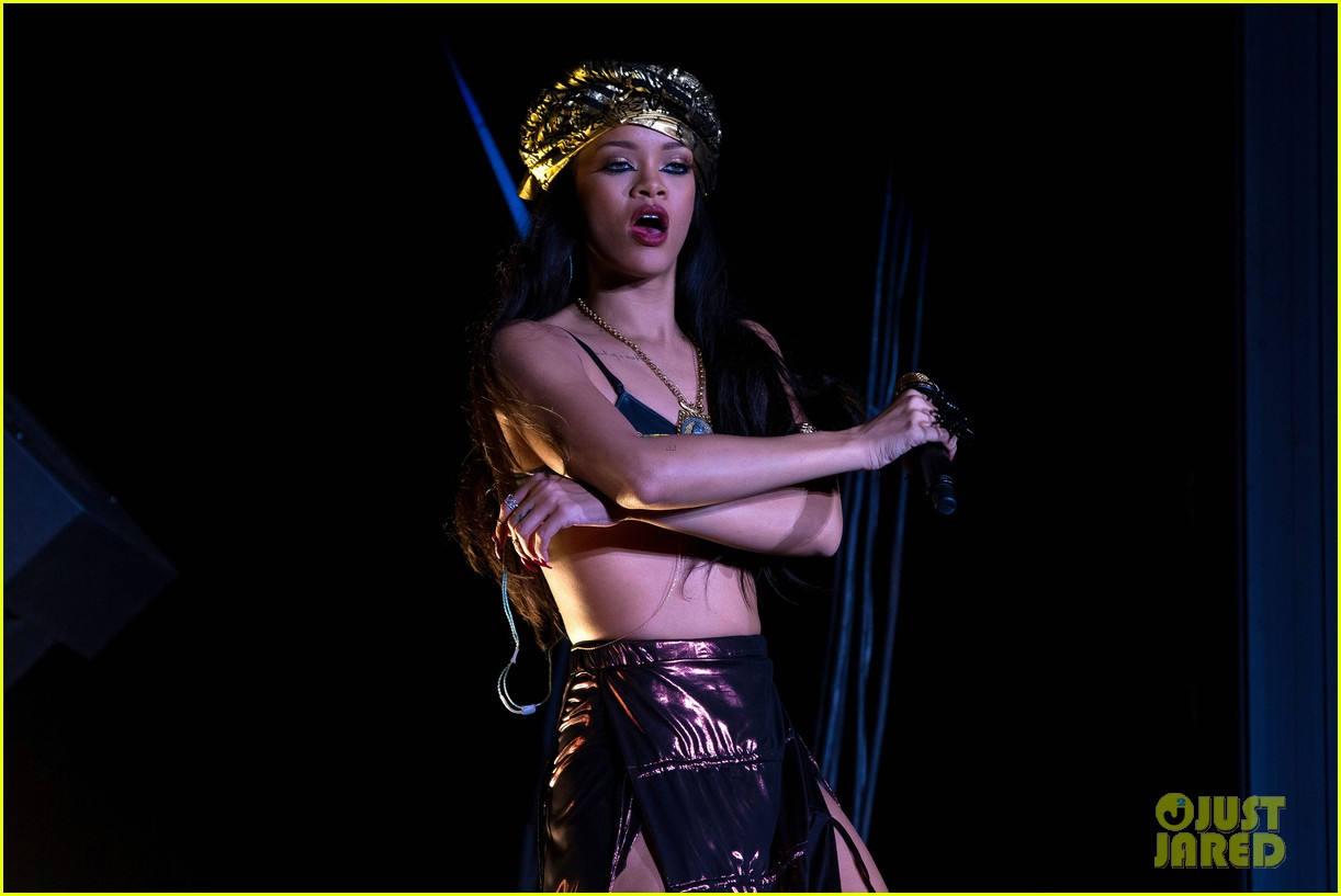 rihanna peace and love festival in sweden 11