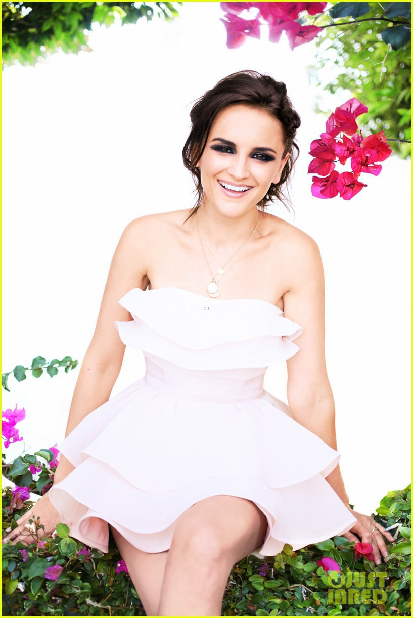 rachael leigh cook photo shoot justjared exclusive 012688340