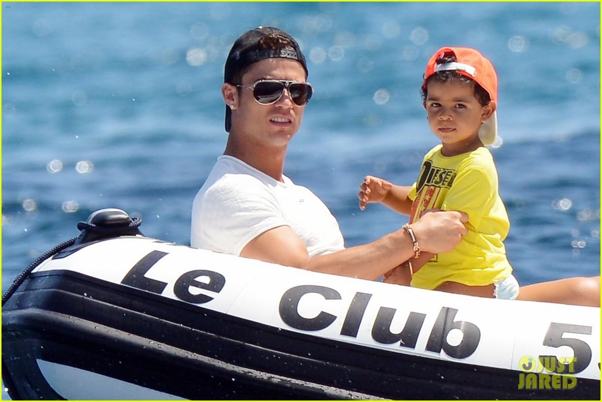 cristiano ronaldo yacht ride cristiano jr irina shayk 04