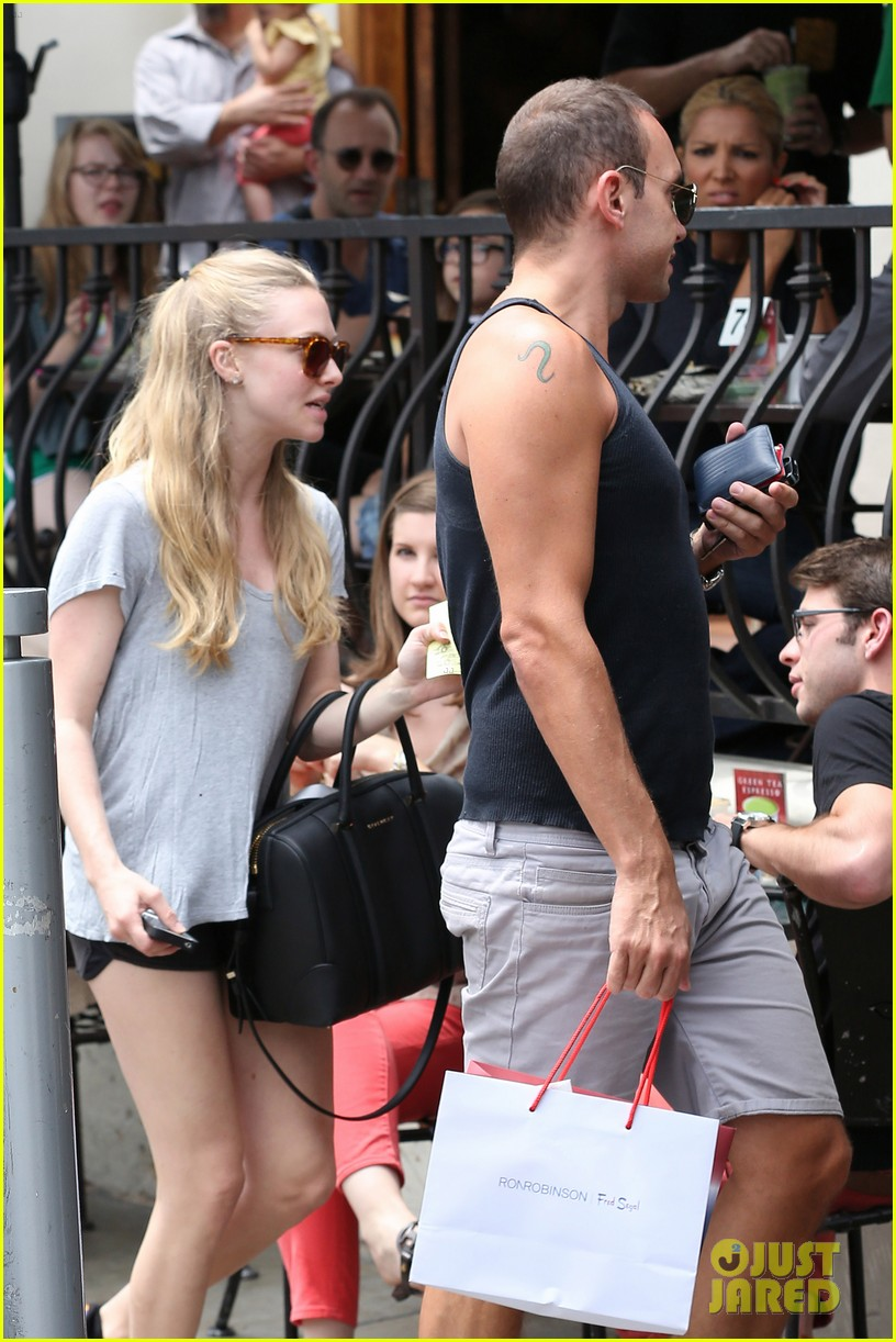 amanda seyfried keeping active 19