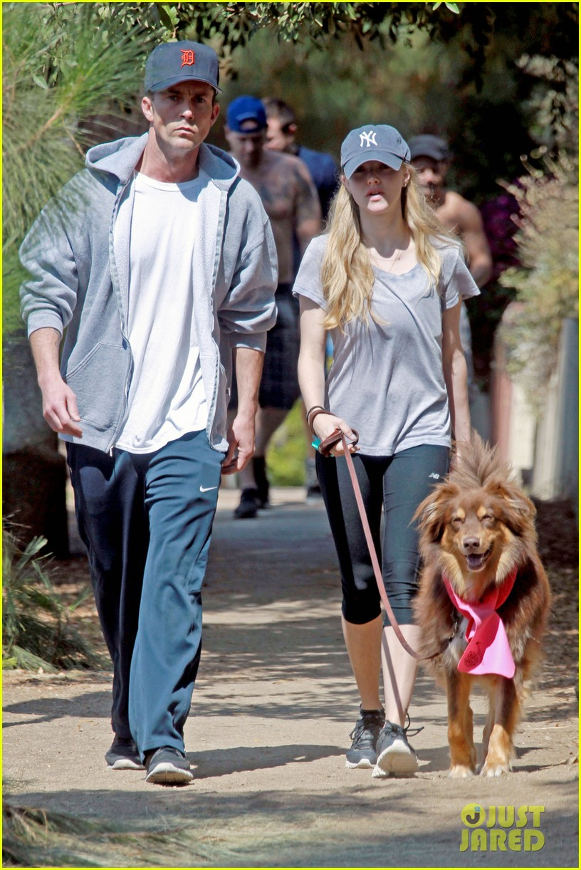 amanda seyfried desmond harrington new couple 012693059