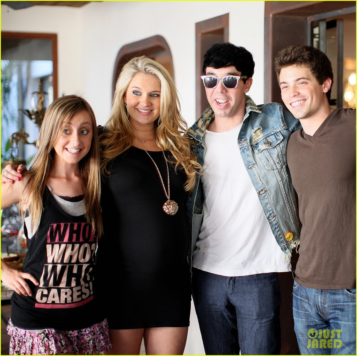 zac efron tiffany thornton baby shower 19