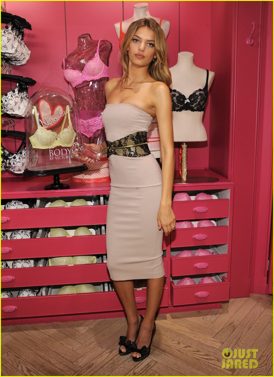 candice swanepoel body by victoria launch 23