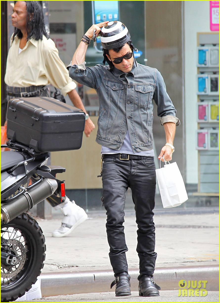 justin theroux new york shopper 09