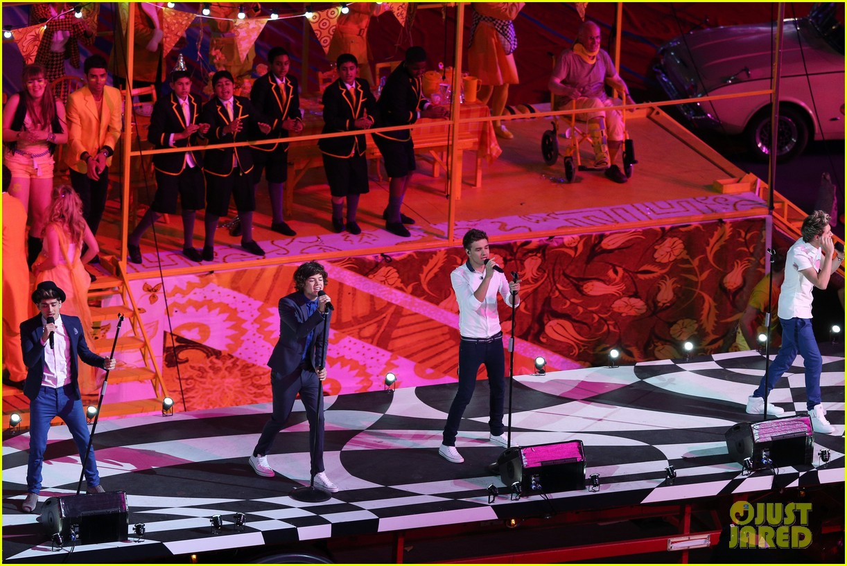 one direction closing ceremony 022700817