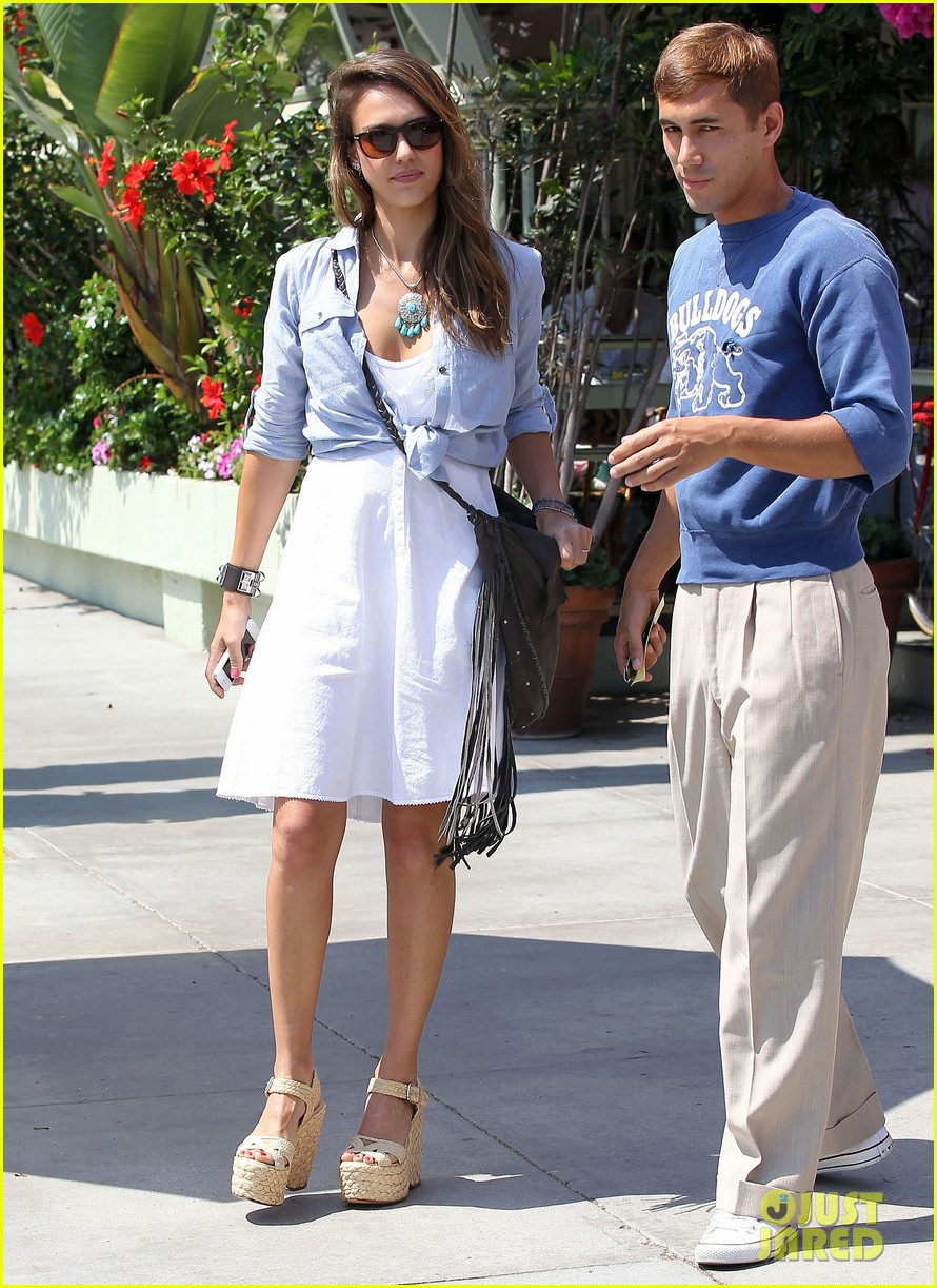 jessica alba kimball hastings lunch 22