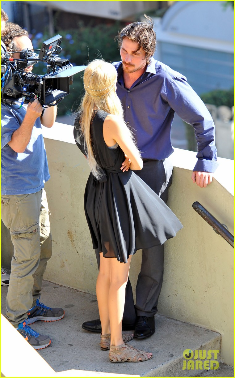 christian bale isabel lucas knight of cups 14