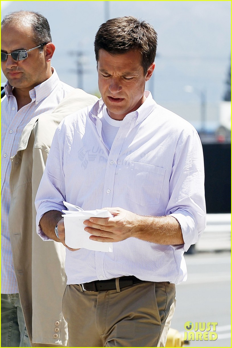 jason bateman arrested development set 03