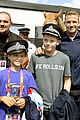 david beckham boys meet greet olympic guards 03