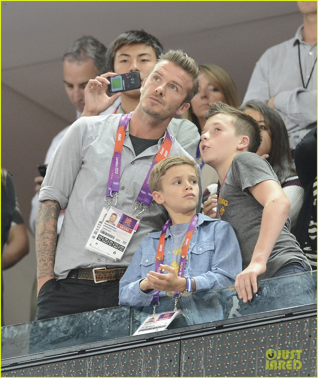 david beckham olympics celebration with tom daley 05