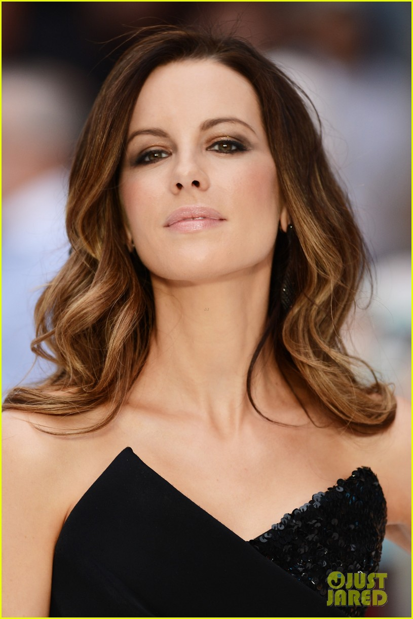 kate beckinsale jessica biel total recall london premiere 14