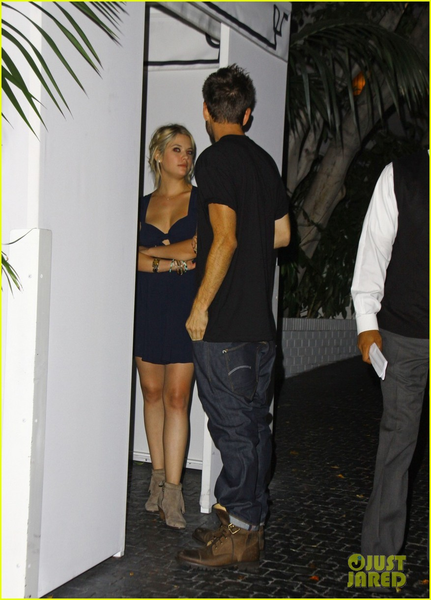 ashley benson chateau marmont exit 06