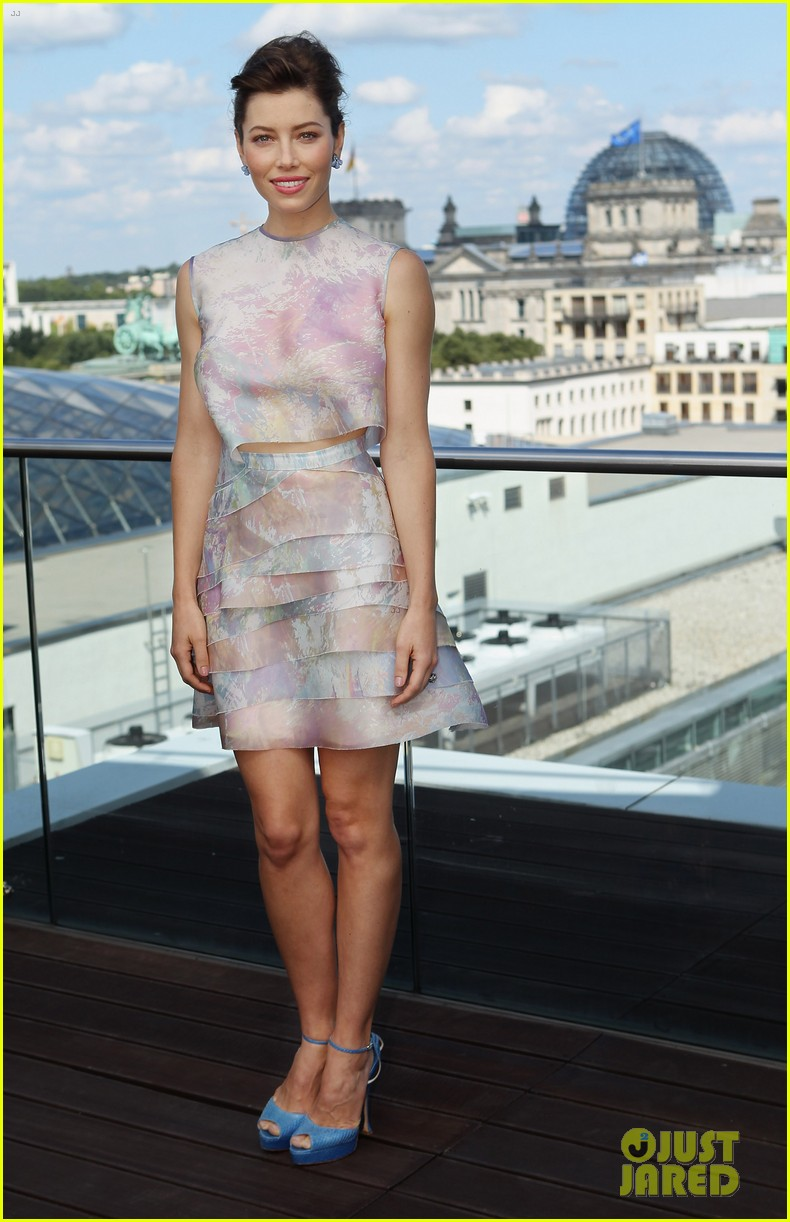 jessica biel kate beckinsale total recall berlin photo call 12
