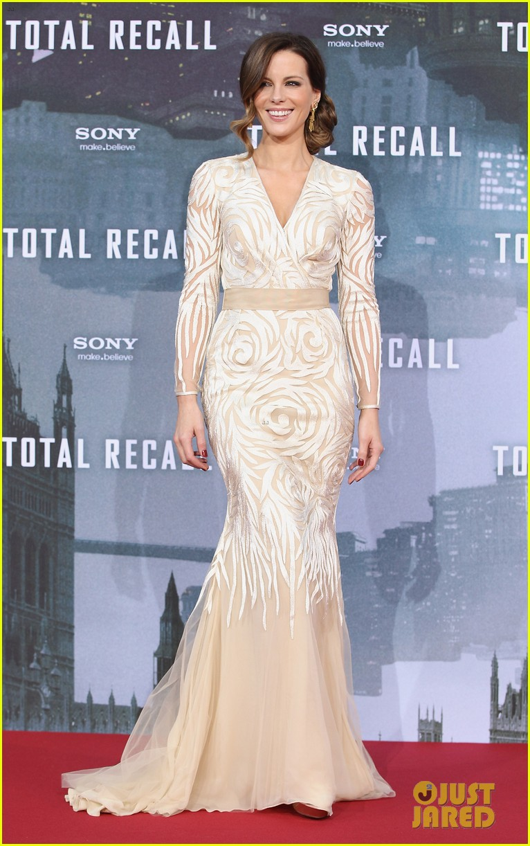 jessica biel kate beckinsale total recall berlin premiere 45