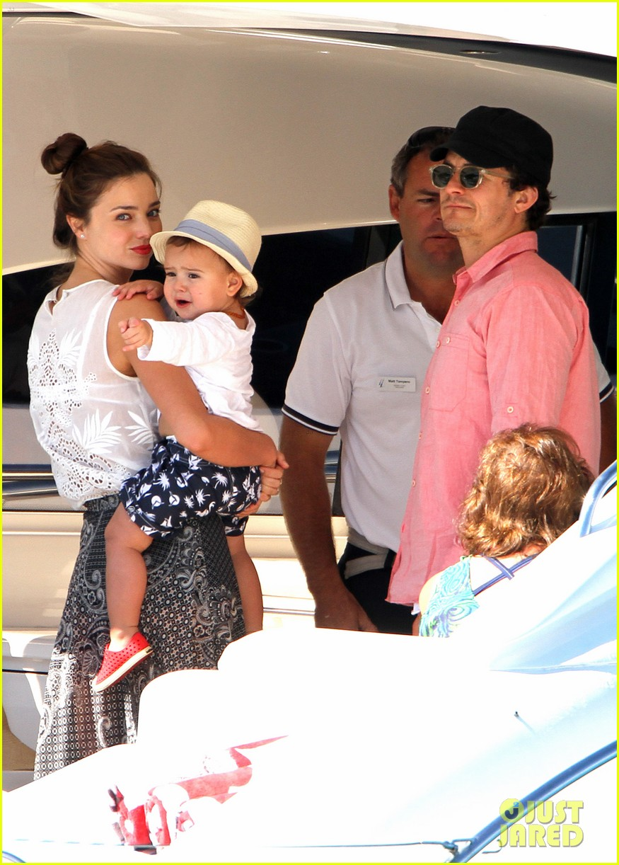 miranda kerr orlando bloom yachting 01