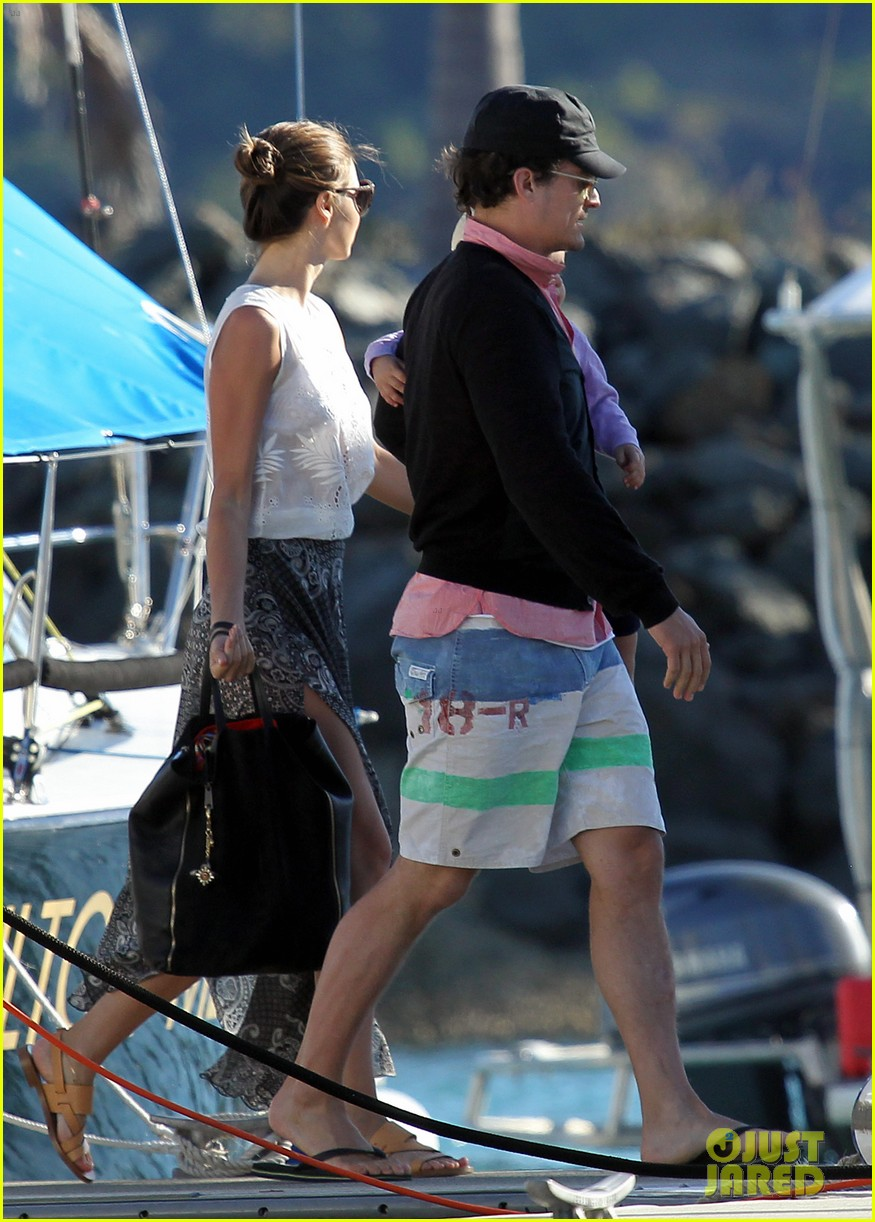 miranda kerr orlando bloom yachting 04