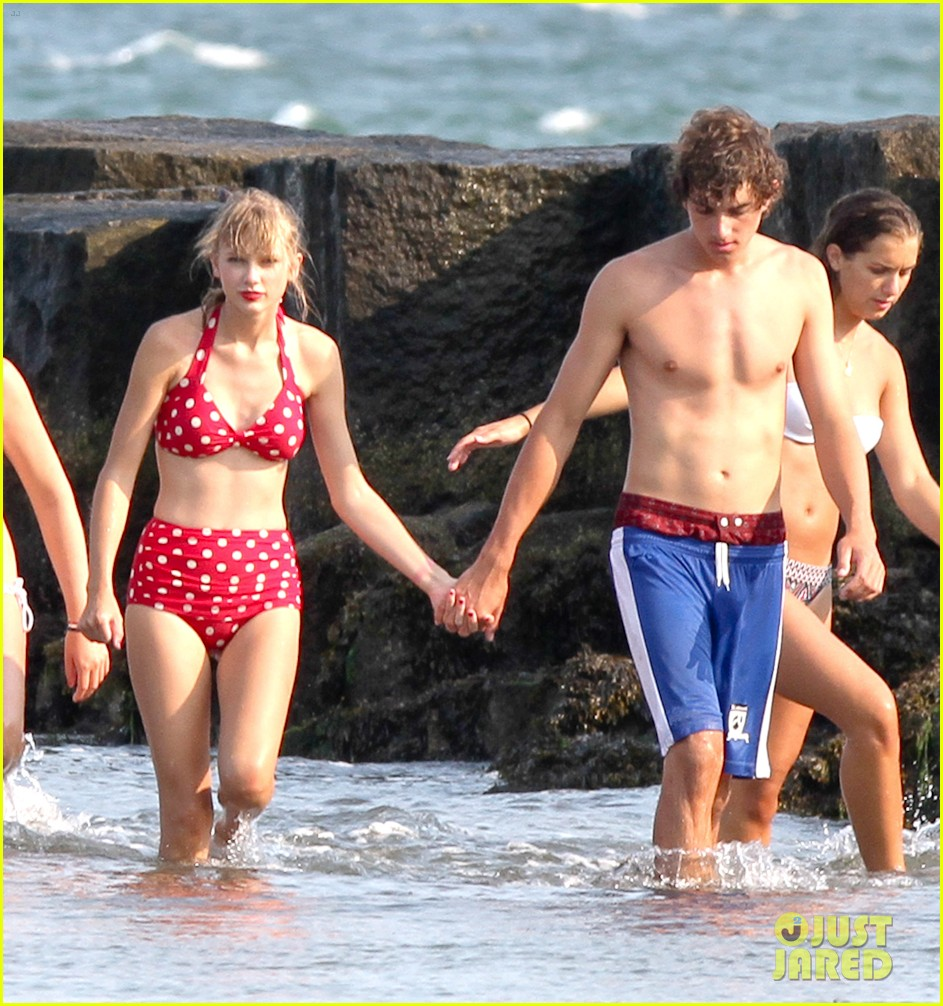 taylor swift bikini conor kennedy shirtless 15