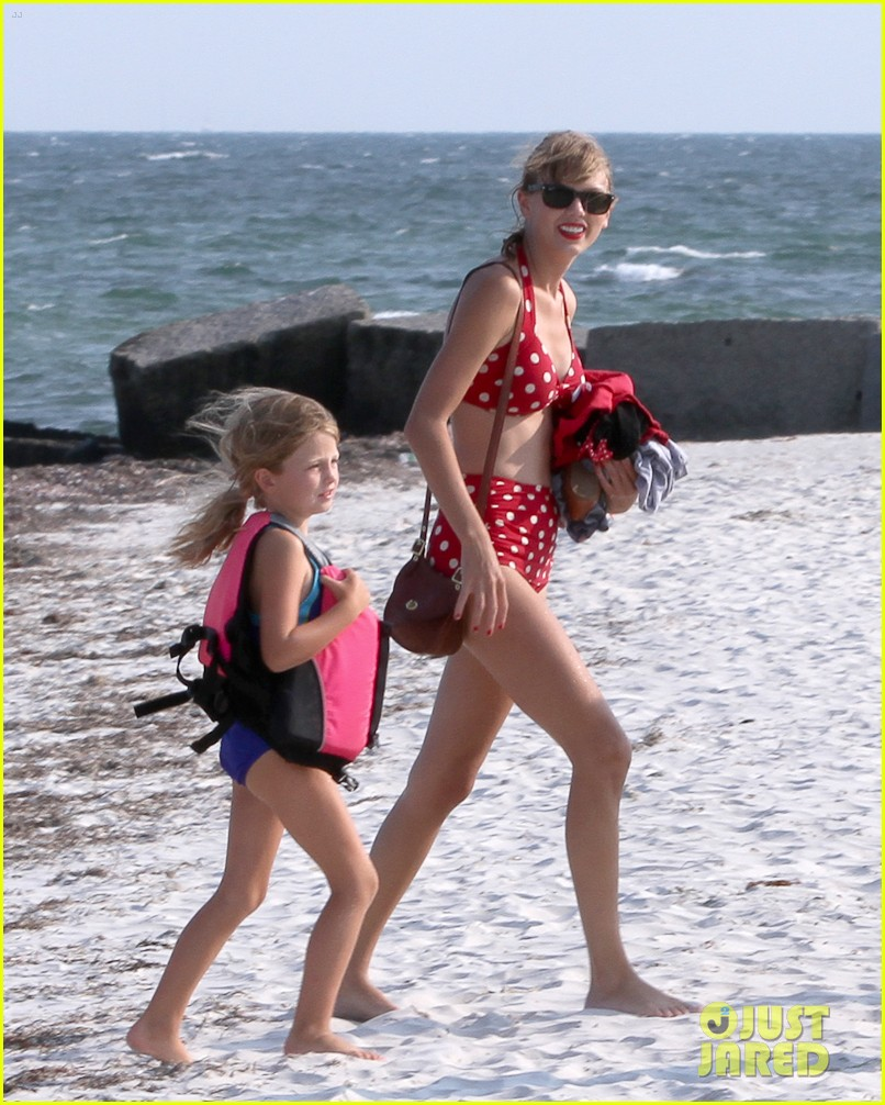 taylor swift bikini conor kennedy shirtless 202704236