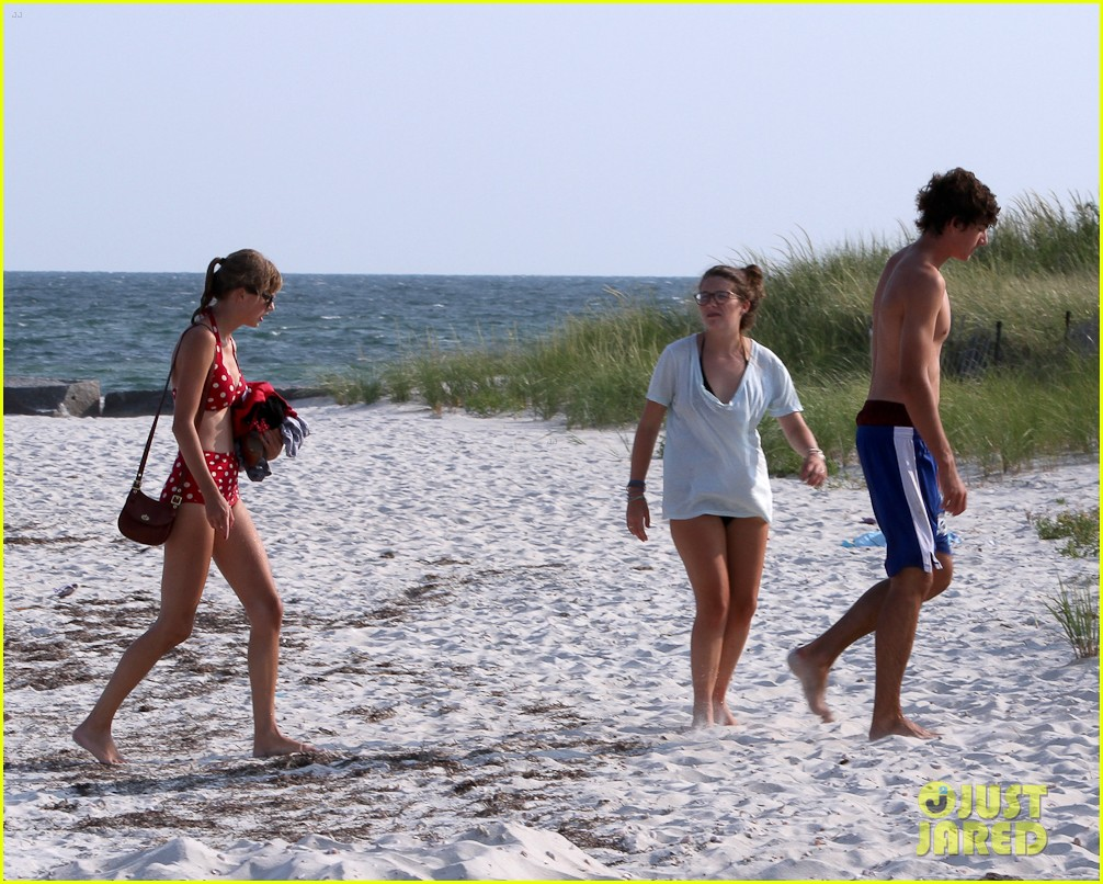 taylor swift bikini conor kennedy shirtless 26