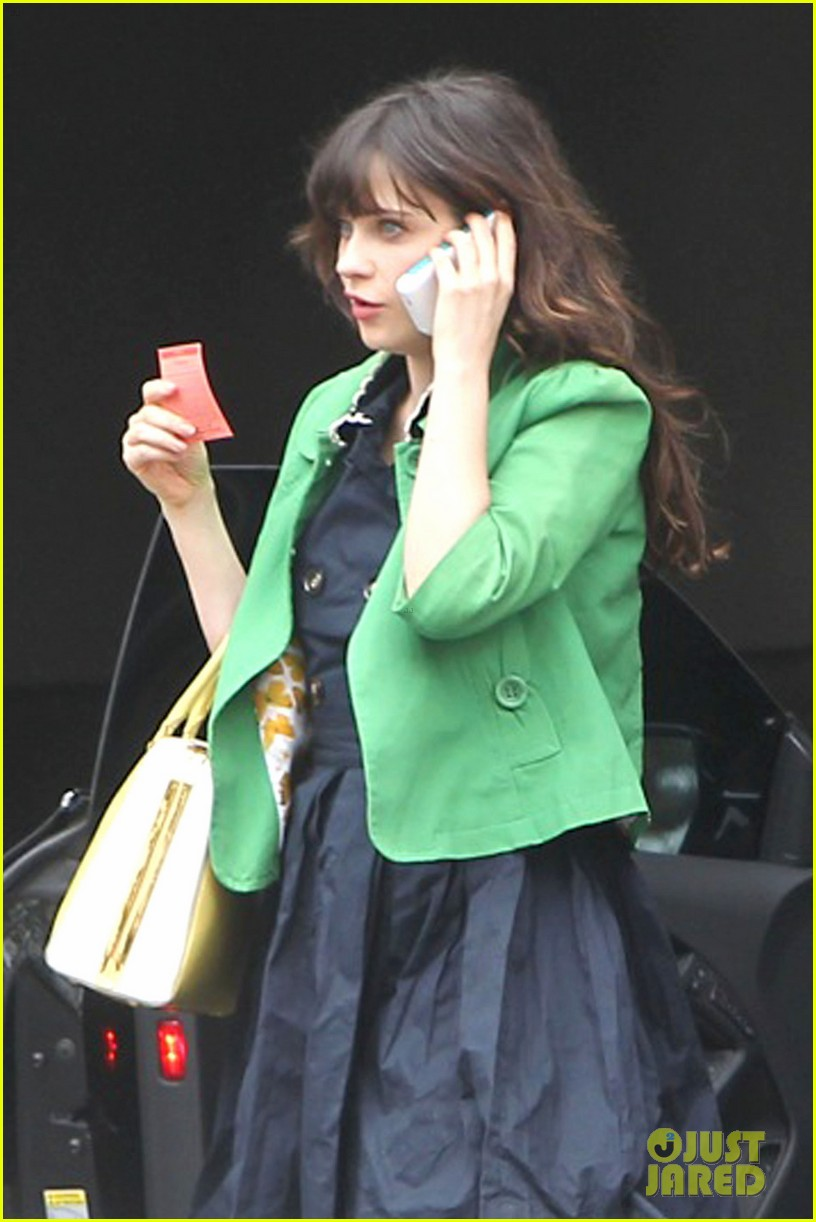 zooey deschanel out shopping 032698451