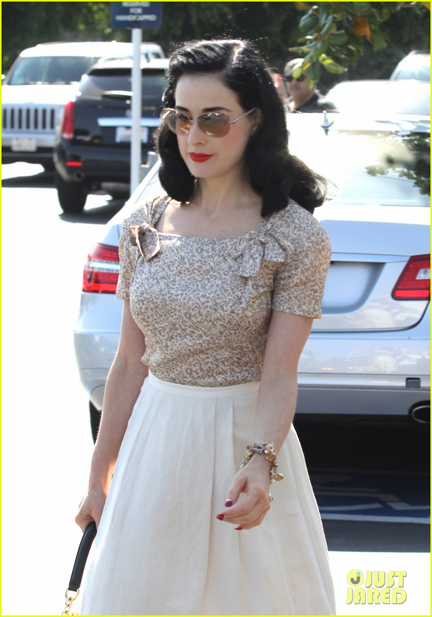 dita von teese planning collection launch event 02