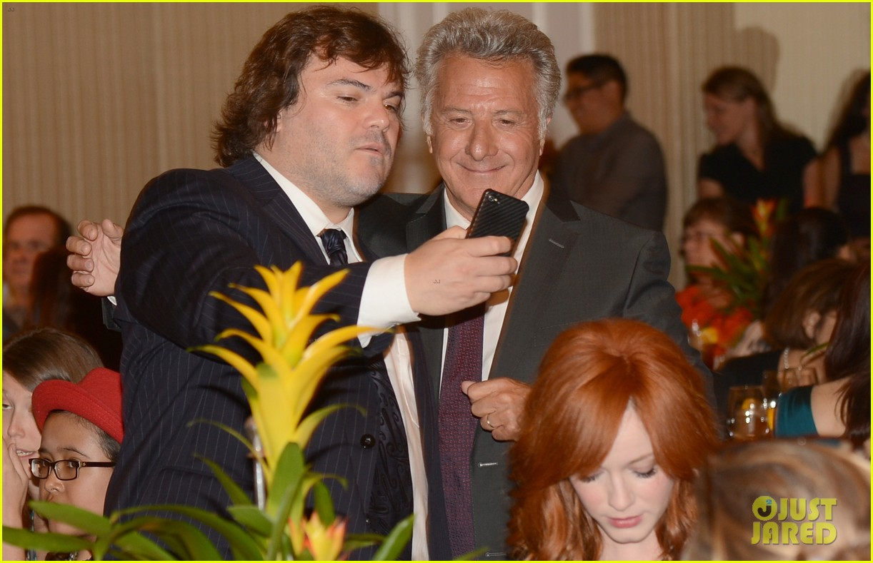 zac efron photo bombed by jack black 04