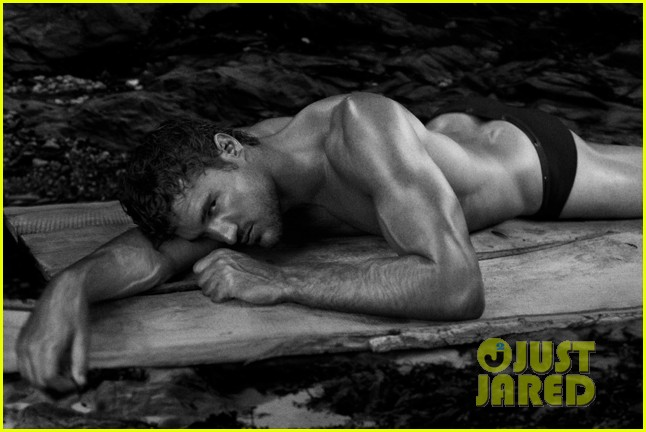 thom evans shirtless photo shoot 02