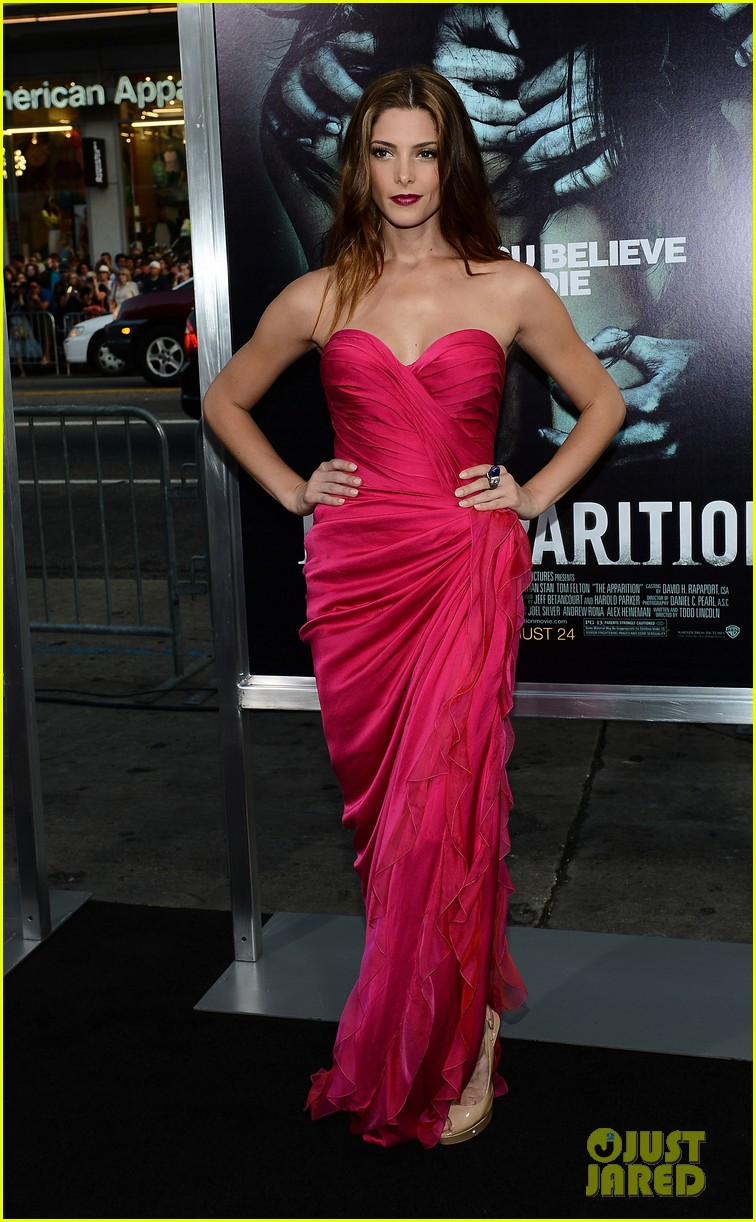 ashley greene the apparition premiere 10
