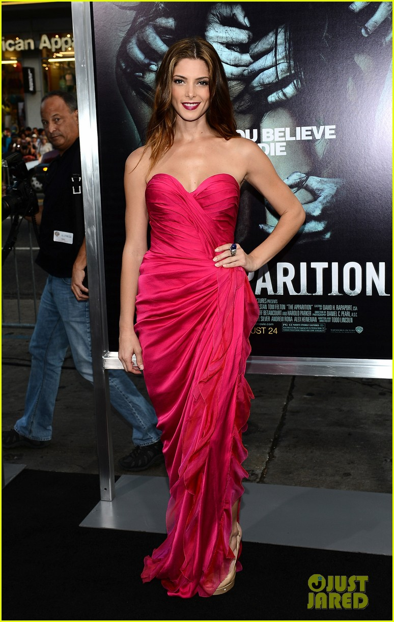 ashley greene the apparition premiere 26