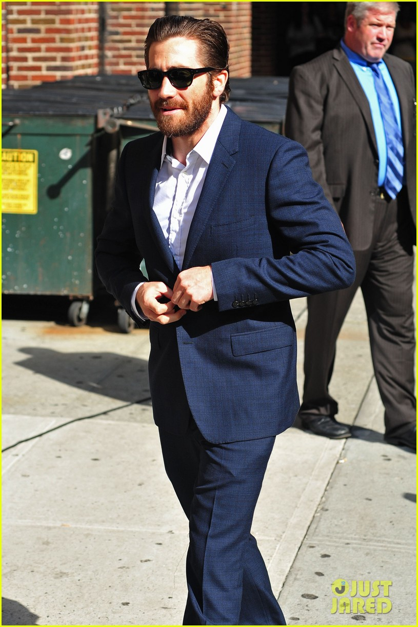 jake gyllenhaal late show appearance 042709517