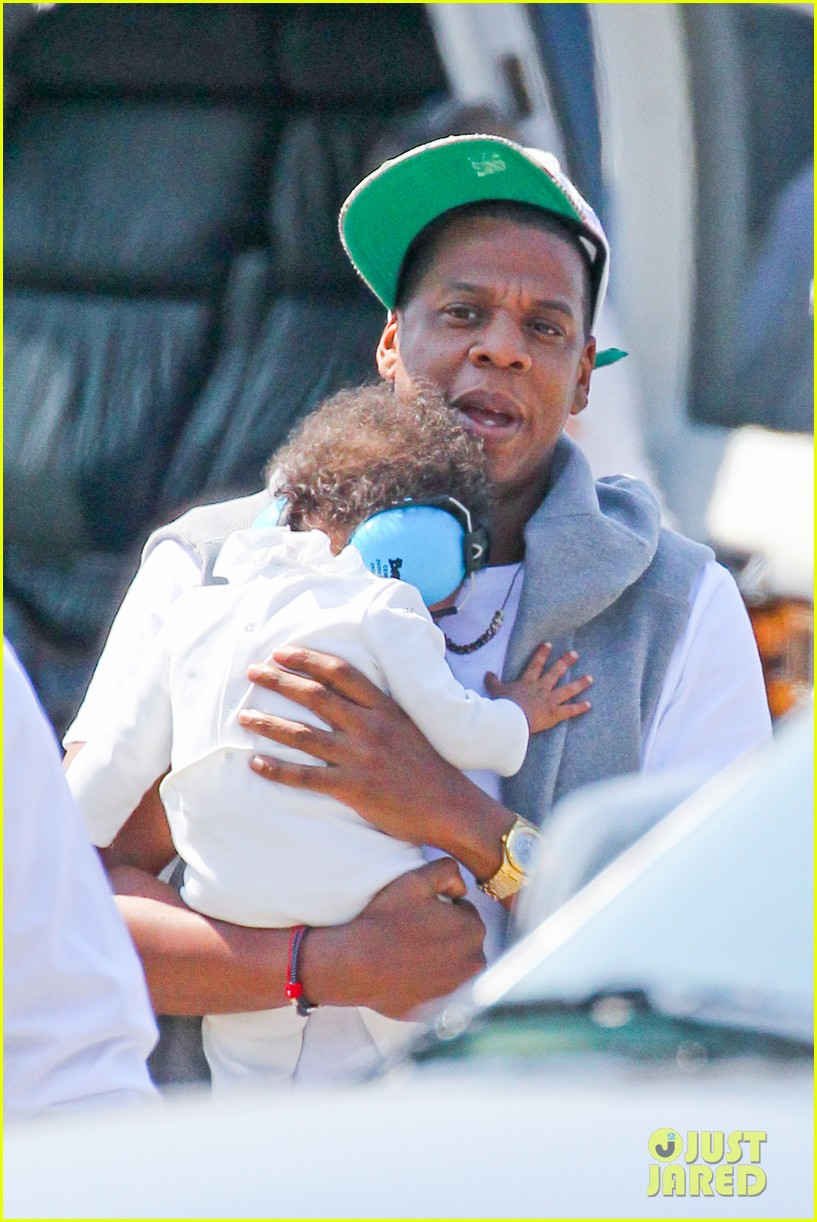 jay z blue ivy carter helicopter ride 03