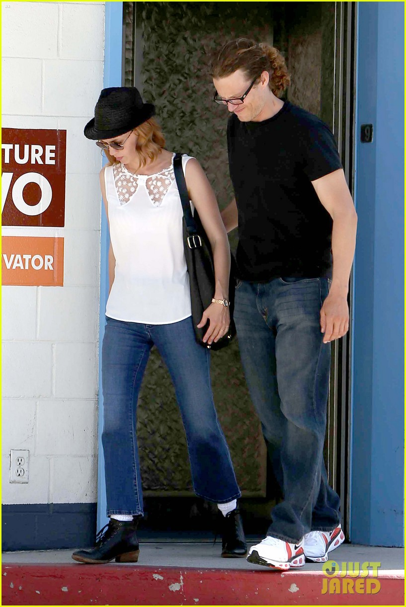 january jones holding hands mystery man 05