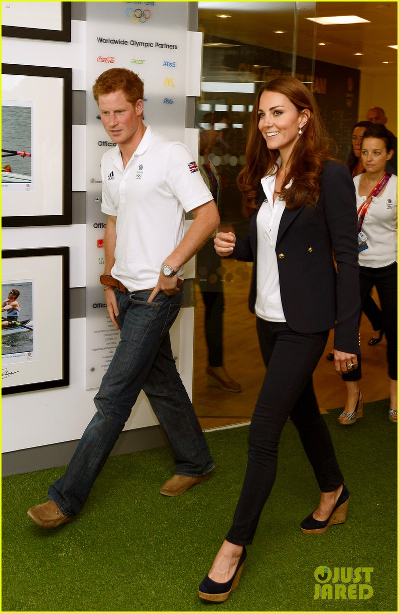 duchess kate prince harry meet olympic medalists 012699238