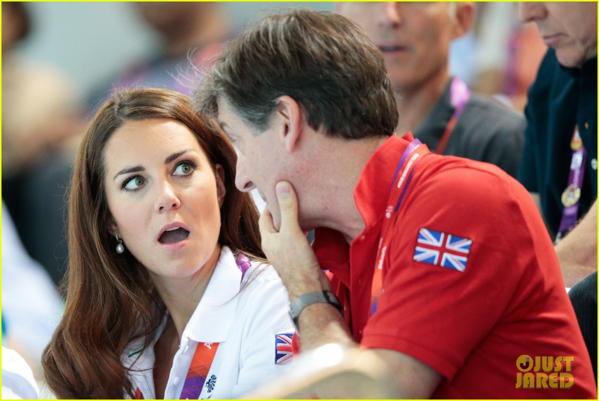 duchess kate cheers on synchronized swimming 03