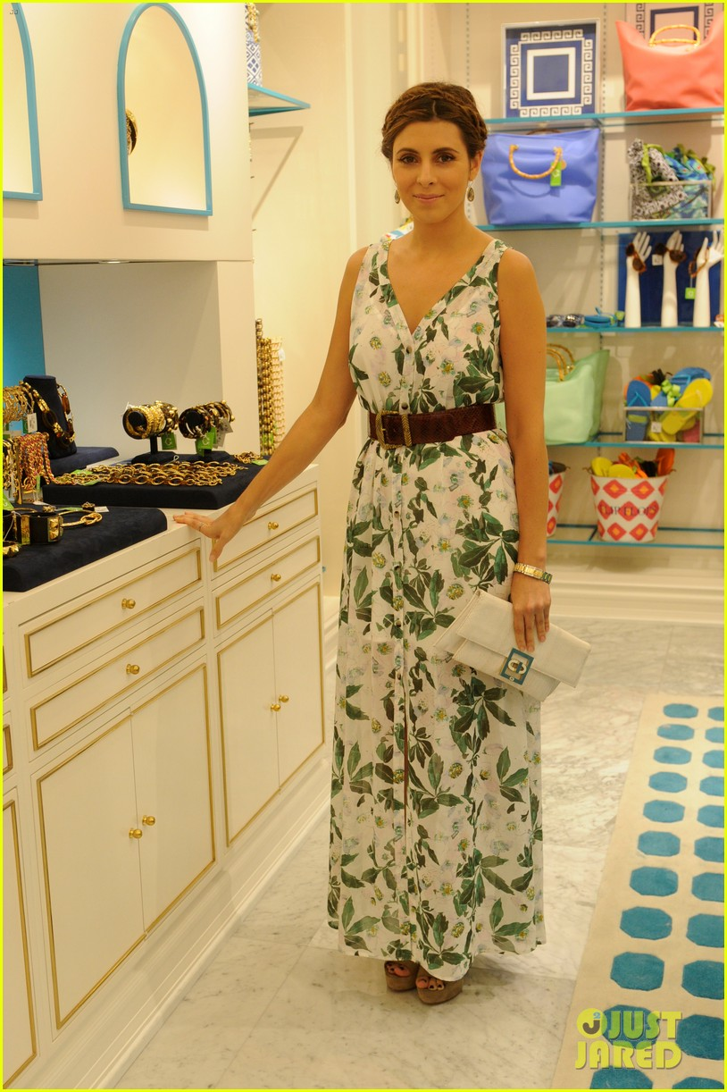 jaime king c wonder fashion island store opening 042701528