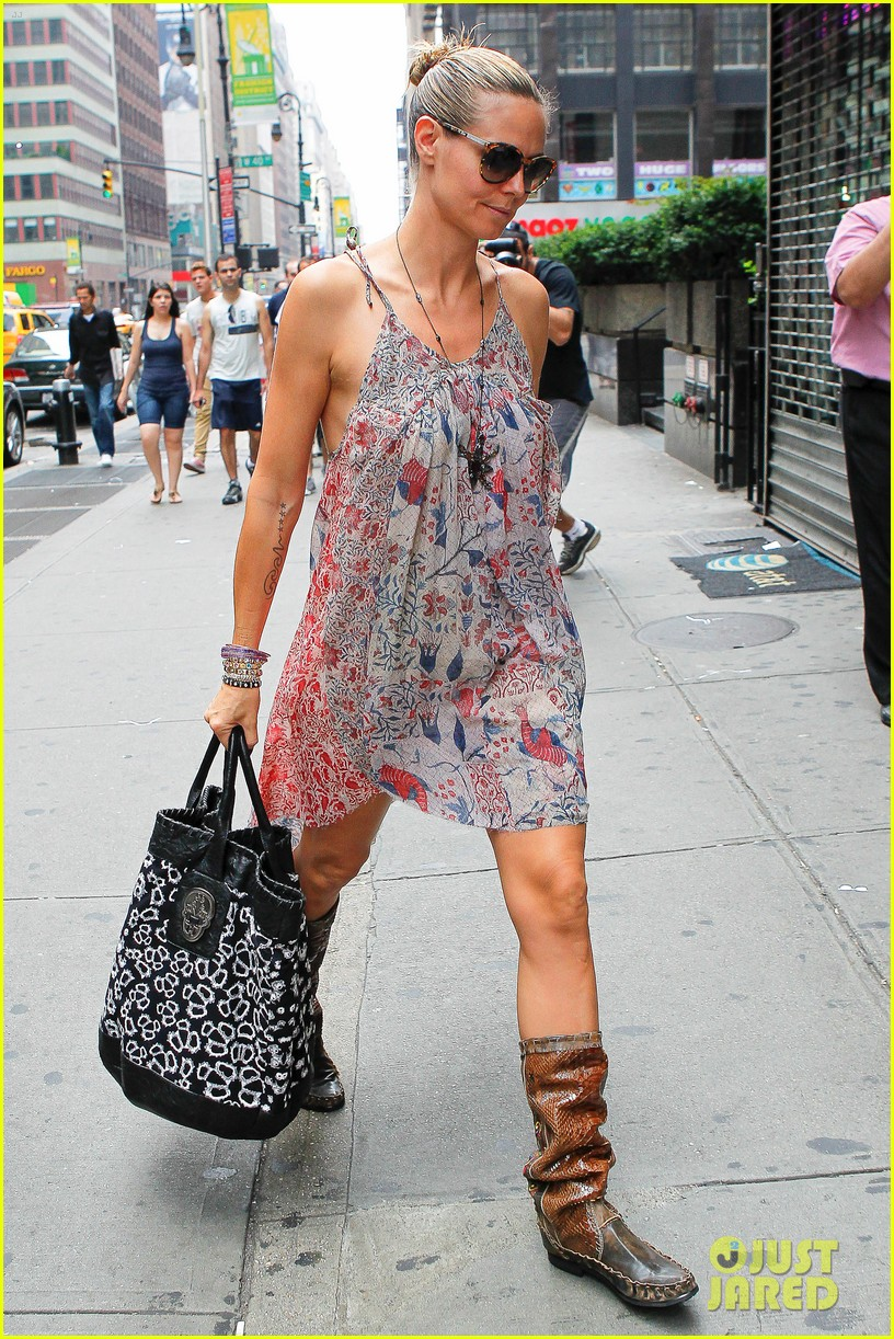 heidi klum busy saturday 02