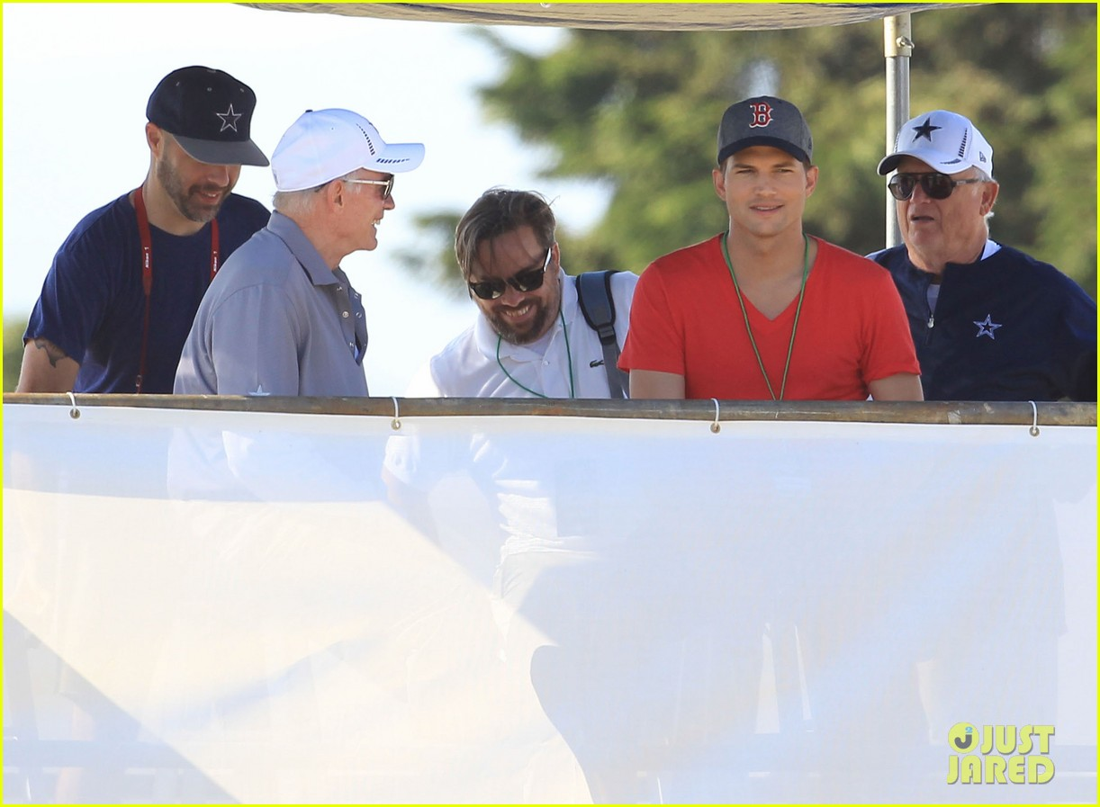 ashton kutcher cowboys training camp 15