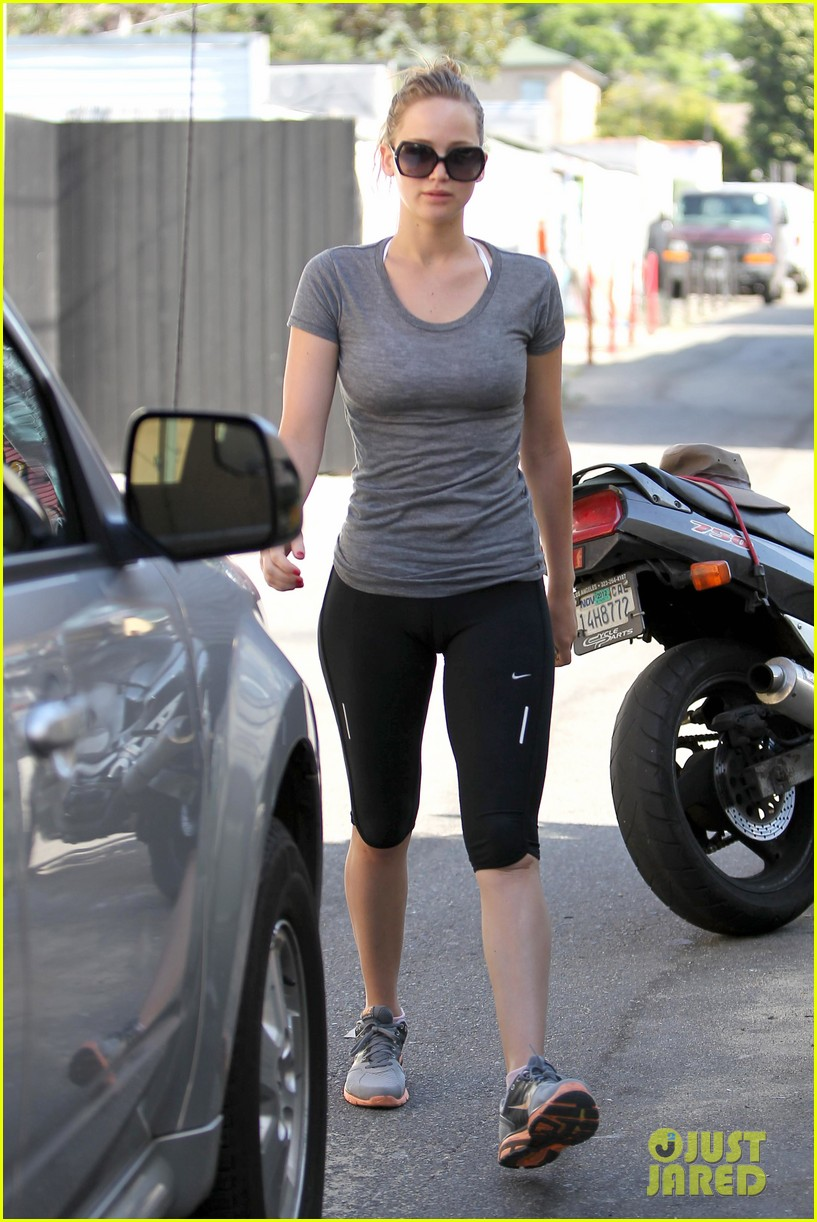 jennifer lawrence boxing gym 08