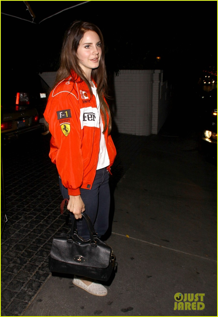 lana del rey ferrari fierce at chateau marmont 05