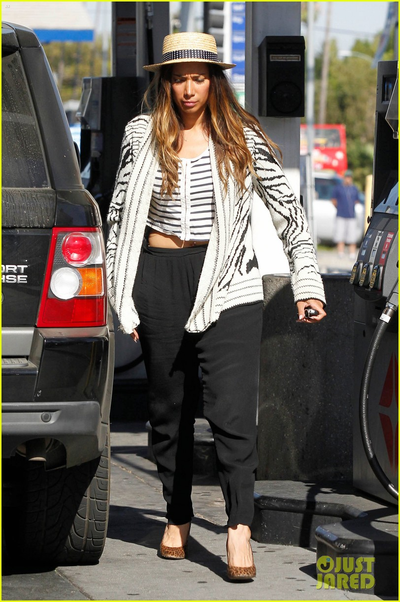 leona lewis stripes 012698373
