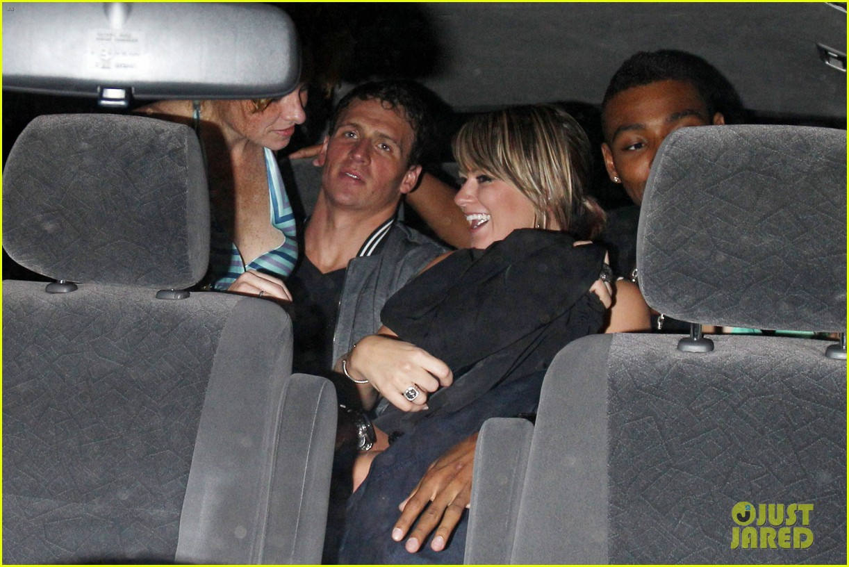 ryan lochte backseat pileup after olympics party 03