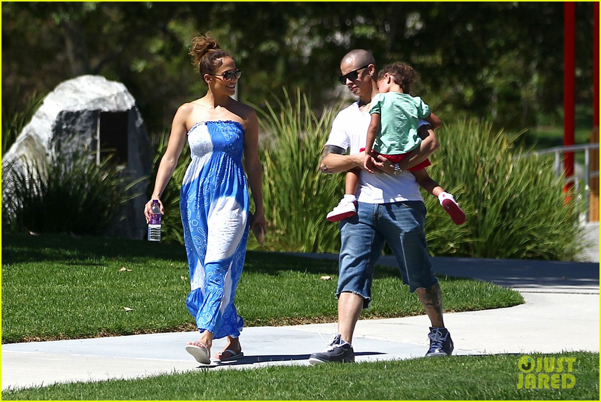 jennifer lopez casper smart going strong in calabasas 25