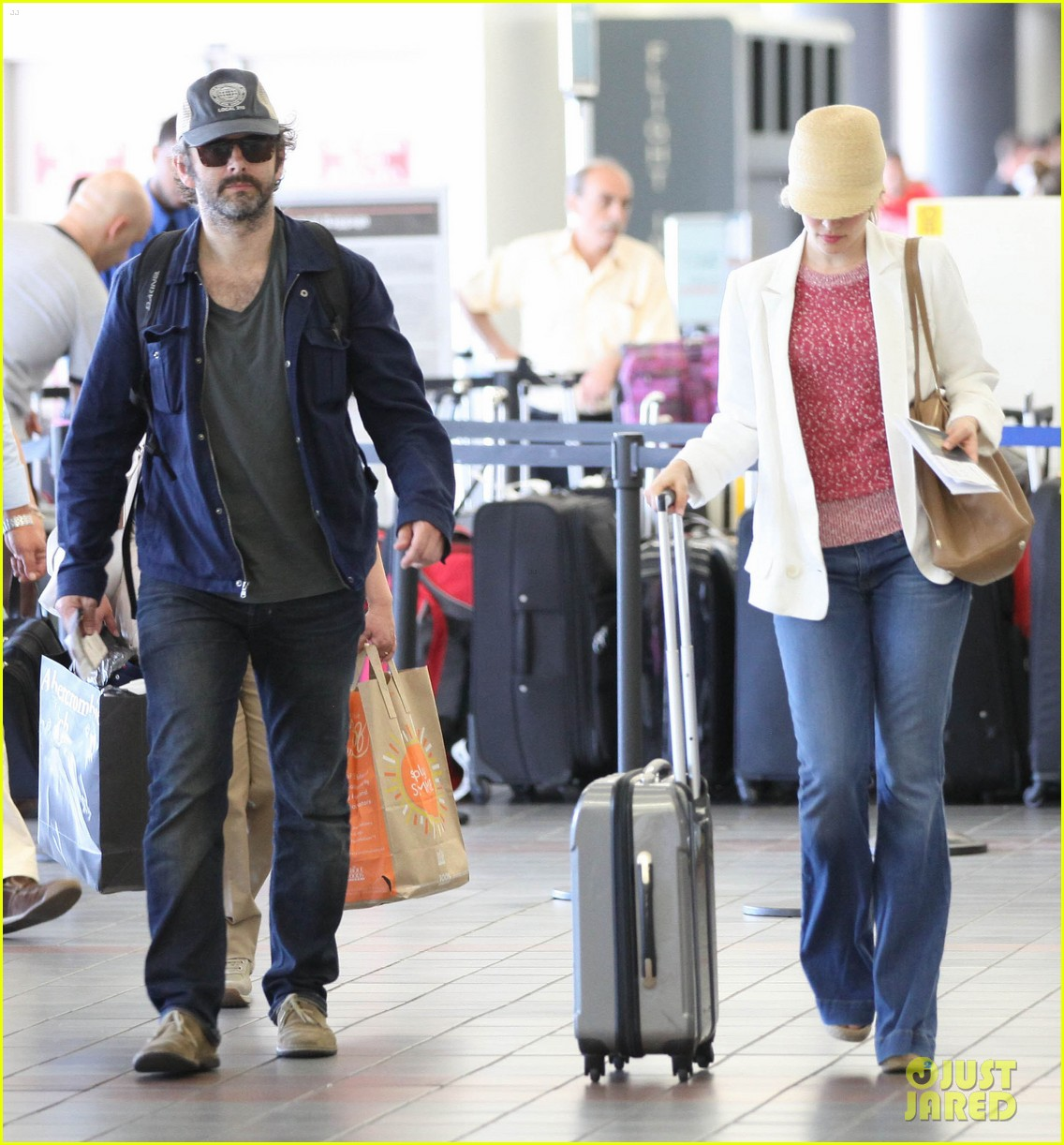 rachel mcadams michael sheen lax airport 11