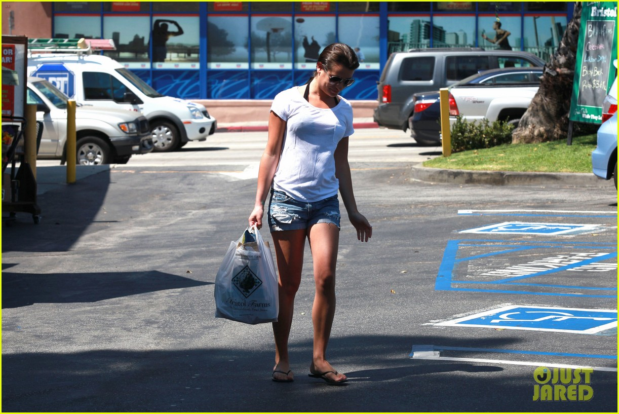 lea michele birthday grocery run with cory monteith 17