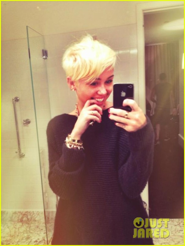miley cyrus haircut 062701408